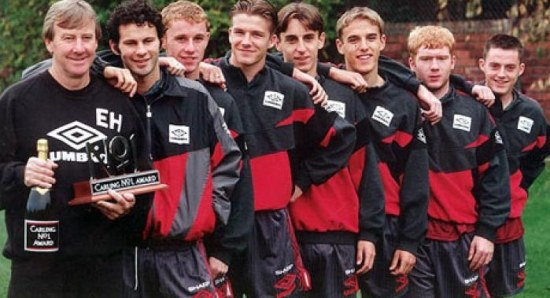 550x298_david-beckham-reunites-with-the-manchester-united-class-of--92-4353