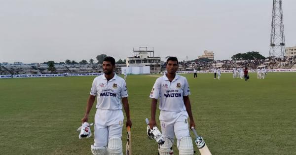 মাহমুদউল্লাহর ৯৫* রানের পর শেষদিনে রোমাঞ্চের অপেক্ষা