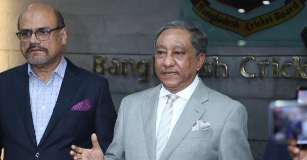 মধ্যপ্রাচ্য সংকটের কারণে বাংলাদেশকে পাকিস্তান সফর সংক্ষিপ্ত করতে বলেছে সরকার