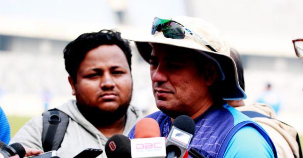 'রুদ্ধ' পাকিস্তানে দলীয় সংহতির অন্য পিঠ দেখছেন বাংলাদেশ কোচ