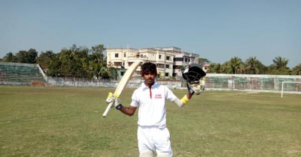 মাদারীপুরে রাব্বি সরদারের ১৫৩ রানের ঝড়ো সেঞ্চুরি