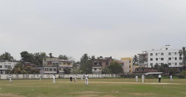নওগাঁতে শুরু হয়েছে স্কুল ক্রিকেট