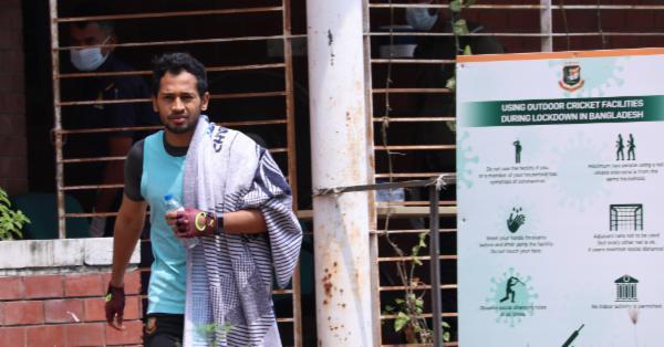 মুশফিকের আফসোস, 'ফিফটি-সেঞ্চুরি অনেককিছু মিস হয়ে যাচ্ছে'
