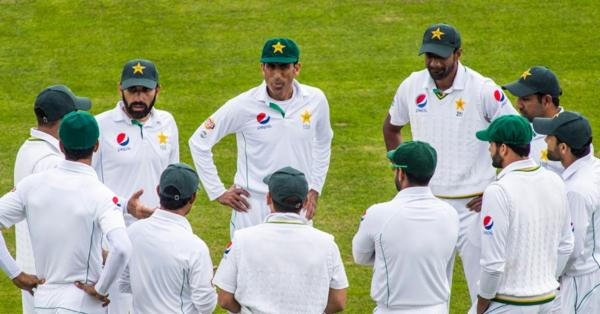 'ভেঙে পড়ছে না পাকিস্তান'